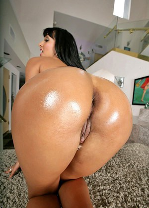 Big ass fat pornstar stunning little